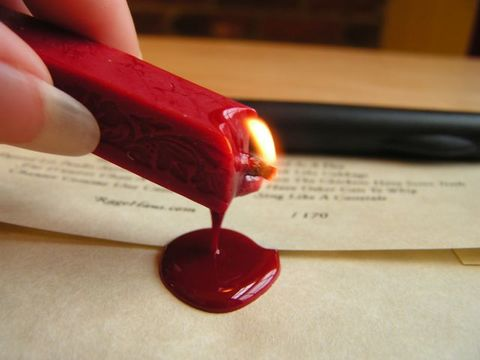 Red-vector-wax-seal-image-photo-02